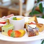 花の森レストラン - 料理写真:スイーツバイキング