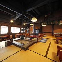 丁子屋 - 古きよきものに囲まれた店内でゆったりとお寛ぎください