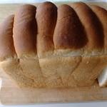 21902235 - ウブロン 本間製パン