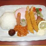 みのり食堂本店 - Aランチ1350円。