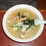 みのり食堂本店 - 野菜塩ラーメン700円