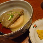 炭蔵 - おでん(がんもと黒はんぺん)
