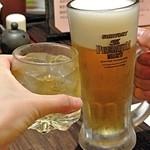 21911328 - 梅酒とビールで乾杯