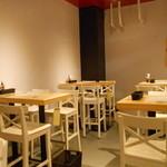 デビルクラフト - 奥のテーブル席