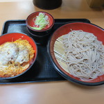 名代 富士そば - ミニヒレかつ丼セット(500円)を冷たいおそばで。
