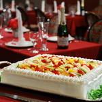 レストラン プリミエール - 生ウエディングケーキや新郎新婦2名分の会費、会場装飾花など豊富な内容で結婚お祝い会が叶います!お一人様会費6000円!