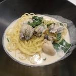 ハピネス - 2012.11月 カキと青葉の味噌クリーム(季節のパスタ)