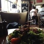 カフェ ドゥサ - 仔羊のロースト サラダ仕立て