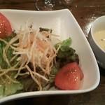 マンジャ ピエーノ - ランチセットのサラダとスープ
