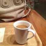 有楽町カフェ&ダイニング バイ ロイヤル - バックスのライブまでこちらでノンビリしてましょ(^-^)