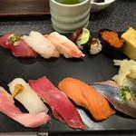 Sushizammai - 秋の味覚握り 2499円