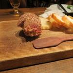 アガリコオリエンタルビストロ - フォアグラとコンビーフのパテ(760円)