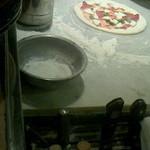 21926373 - これからマルゲリ~タピッツァを窯に入れます♪