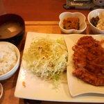 カフェレストマーズ - 料理写真:平日限定ランチ750円、ご飯は中で250グラム。