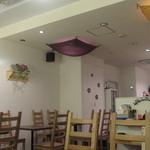 ライブ酒場 本町POP - 店内です(その2)。