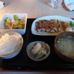 カフェ・ド・グランボワ - 日替わりランチお膳(1000円)。ご飯につやがあって、美味