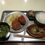 あくびカフェー - 週一限定メニュー:特別給食