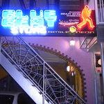ブギーカフェ - 横浜ミュージックシーンのメッカ