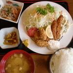 21941761 - エビ・カキフライ定食