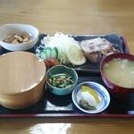 みずうみ - 料理写真:八幡平豚の焼肉定食