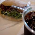 21950938 - チキン竜田の油淋鶏ソースサンド