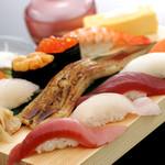 沼津魚がし鮨 - 料理写真:うに、いくら、中とろ入り『魚がし握り』