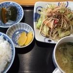 ラルゴ - 肉野菜炒め