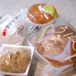 和匠 高円 - 風うらら(黒糖どら焼き)、むさしの太鼓、くるみ餅、むさしの浪漫
