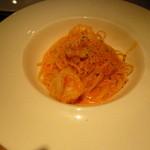 ズッカフェ22 - 海老のトマトクリームパスタ