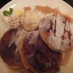 サンドヴァルム - クレームブリュレ風とろけるフレンチパンケーキ(1,080円)
