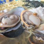 海賊船 - 帆立と何の貝だろう?磯の味がめっちゃ凄かったです!