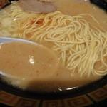 21966493 - らーめん 麺&汁アップ