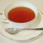 ワインハウス サノヤ - パスタランチ<\1,050>(紅茶、2013年9月)