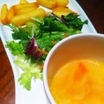 21970311 - ポテト、サラダ、スープ付きで1200円
