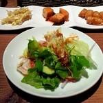 韓国料理 満月 - サラダと前菜