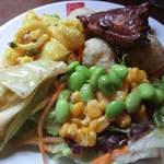 21978463 - 平日ランチ:サラダバーの惣菜達(2013.8)