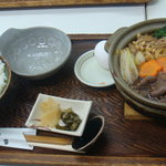 Anzenresutorangozaishosabisueria - 松坂牛特選すき鍋(\1,480)