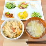 セボラ - 料理写真:女川の旬のサンマを使ったワンプレートランチ