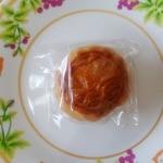 21983939 - 伍仁小月餅(ウンニンショウユエピン・木の実入り小月餅)…160円