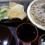 日本橋からり - 舞茸と野菜天そば