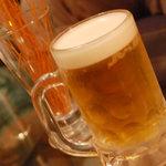 卓球酒場 ぽん蔵 - 生ビール
