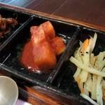 鳳雛 チムタク - カクテキ、ナムル