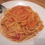 カプリチョーザ - 2013.10. スパ&ピザセットのパスタはトマトとにんにくのパスタを大盛り(+\150)