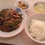 21991669 - ニラレバ定食(日替り)¥600