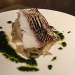 レストラン クロワサンス - 魚のメイン、真鯛のグリエ、キャベツと冬瓜添え