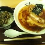 22003285 - ブー次郎らぁめんと高菜そぼろご飯(2013.10)
