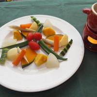 オルトキッチン - 一番人気のバーニャカウダ☆オリジナルの絶品ソースで。