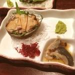活菜旬魚 さんかい 澄川店 - アワビ((o(。>皿<。)o))