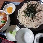創庵 - カツ丼セット1100円。