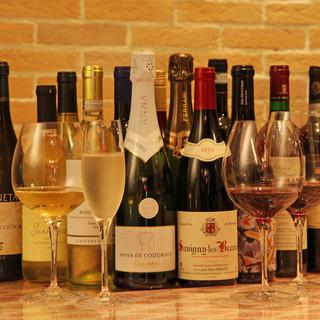 グラスワインは10種類以上!!!
